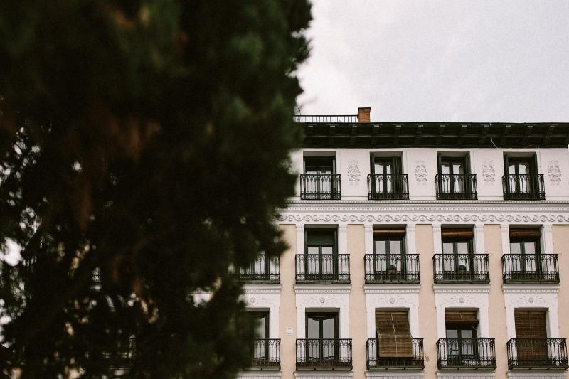 Prisma-Blanco-Fotografia-Bodas-Madrid-HotelME-ReinaVictoria3
