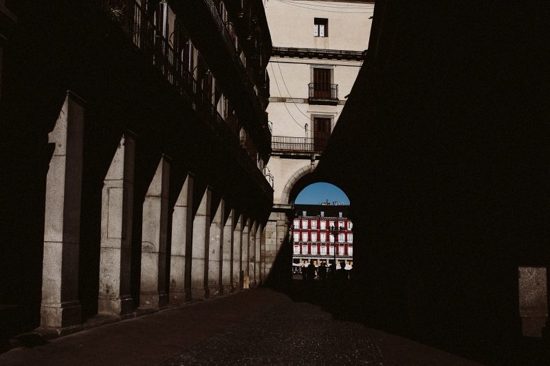 Prisma-Blanco-Fotografia-Honeymoon-Madrid-10